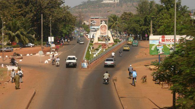 Bamako croule sous les déchets