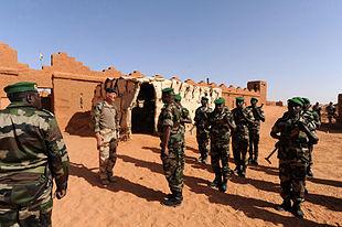 tchad retire 600 soldats zone trois frontieres - TribuneOuest